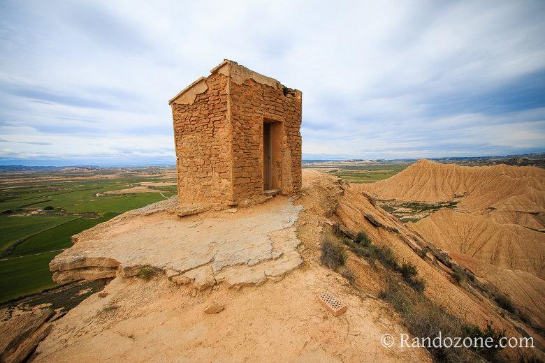 Guérite et panorama sur les Bardenas