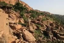 Falaise dogon et fleuve Niger
